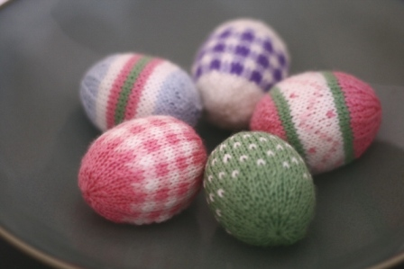 Easter Pattern Give-Away - v e r y p i n k . c o m - knitting patterns and vi...