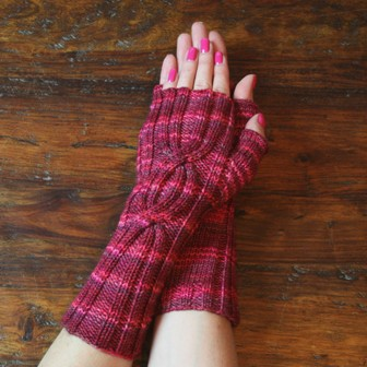 cabled mitts for vp