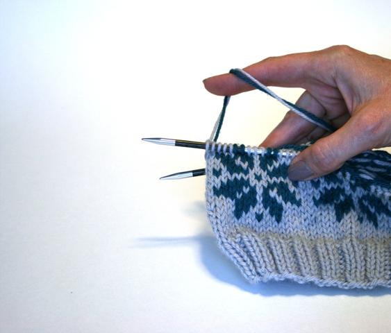 Carrying Fair Isle Floats - v e r y p i n k . c o m - knitting ...