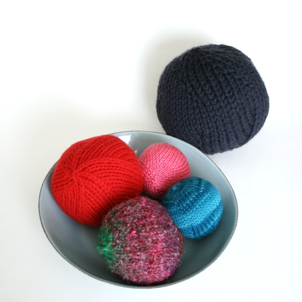 Orb It Knit Ball V E R Y P I N K C O M Knitting Patterns And